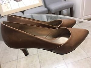 Women's shoes - various sizes