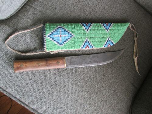 1800s ORIGINAL CHEYENNE SIOUX CROW NATIVE AMERICAN INDIANS BEADED KNIFE & SHEATH
