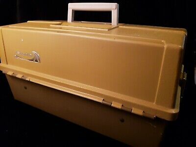 Plano 8106 fold out Tray Tackle Box illinois USA good condition  Fold Out Trays
