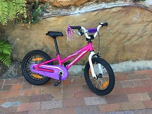 Girls 16 inch Specialized Hot Rock Fairlight Manly Area Preview