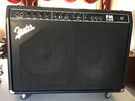 Fender Amplifier FM 212 R