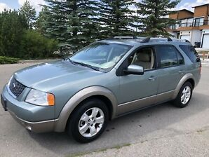 2007 Ford Freestyle SEL - Leather-Beautiful!!