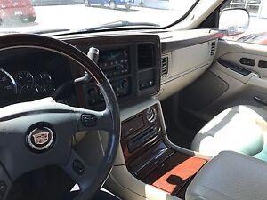 2005 Cadillac Escalade SUV, Crossover