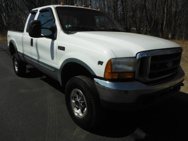 Image 1 of Ford: F-250 LARIAT 4X4…