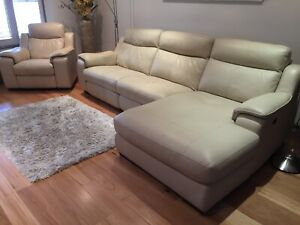 REDUCED TO SELL......Leather lounge suite
