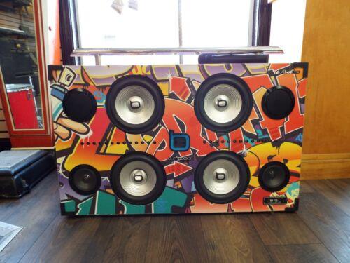 BUMPBOXX UPROCK V1S PORTABLE BOOMBOX SPEAKER Street Art Graffiti Microphone