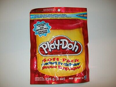 Red Play-Doh 8 oz Soft Pack Includes Shape Cutter Resealable Bag Fun 226 g