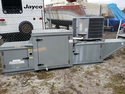 Captive-aire Systems Inc. Rooftop Filtered Make-up Air With 3 Ton Cooling