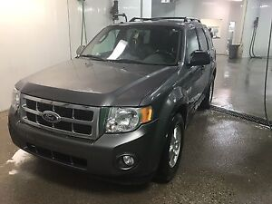 2011 Escape *NEW Tires*Leather Sunroof Remote Start