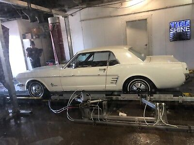 Used 1966 WHITE Ford Mustang   Photo 1