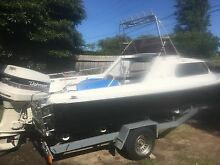 17ft swiftcraft half cabin boat with Johnson 140 fishing Chadstone Monash Area Preview