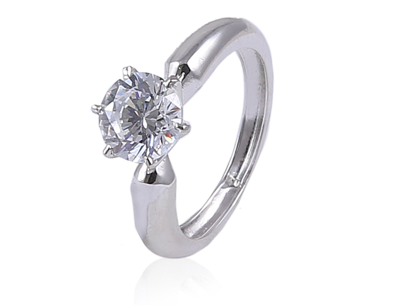 0.50 Cts GIA Certified Round Brilliant Cut Natural Diamond Ring In Fine 18K Gold