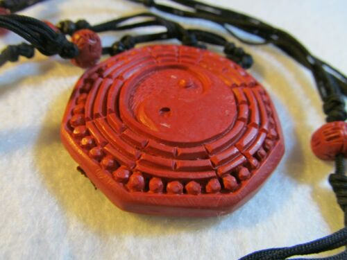 VINTAGE ANTIQUE CHINESE  Carved Cinnabar GOLD NECKLACE ,