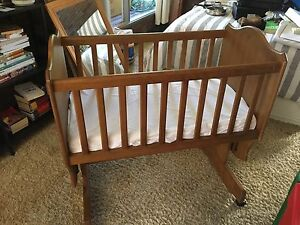 Wooden Bassinet Cots Amp Bedding Gumtree Australia Free