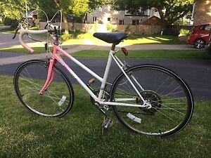 Vintage Galaxy II Pink 24 inch Ladies' Road Bike