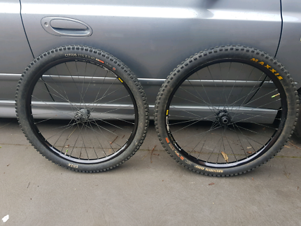 "27.5"" Mavic ex729 wheels and tyres"