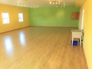 Commercial space For Lease in East Peterborough