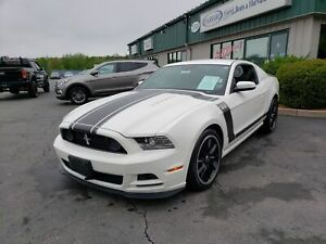 2013 Ford Mustang Boss 302 VERY LOW KMS/BOSS 302 PACKAGE/6SPD...