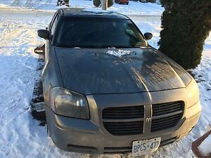 2005 Dodge Magnum , lots of new parts and extras!!!!
