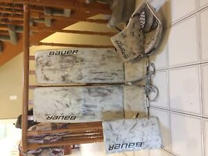 Bauer 1s pads and gloves