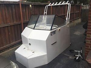 Boat cabin off a 7:4 m alloy boat North Melbourne Melbourne City Preview