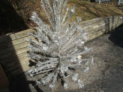 Vintage The Sparkler Pom-Pom Aluminum Christmas tree 91 Branch