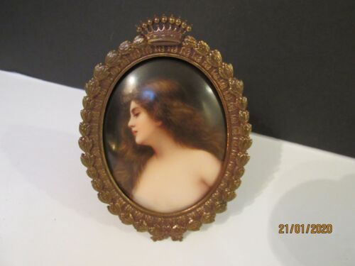 ANTIQUE MINIATURE PORCELAIN PORTRAIT HAND PAINTED AND SIGNED BY WAGNER
