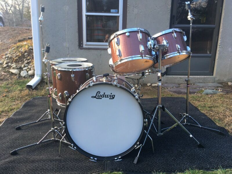 1967-1976 Ludwig Burgundy Sparkle 6 Piece Drum Kit In Great Condition