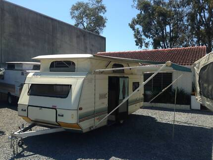 CARAVAN GOLF 17.5FT IN GREAT CONDITION 1 OWNER Thorneside Redland Area Preview
