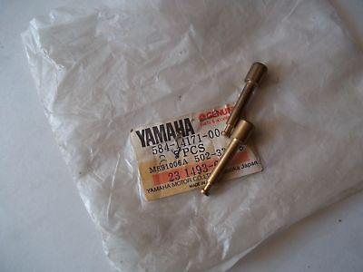 <em>YAMAHA</em> XS360 XS500 XS650 STARTER PLUNGER GENUINE OEM
