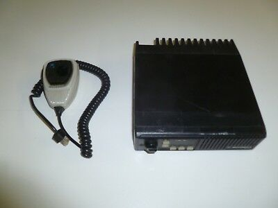 Motorola Maxtrac 146-174 Mhz Vhf 40 Watt Two Way Radio With Mic D43mja77a3ck