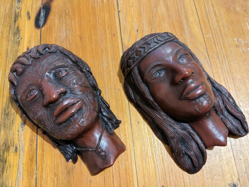 Traditional Carved Maori Tattooed Man & Women Wall Hanging Warrior New Zealand