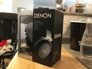 Denon AH-D2000 headphones