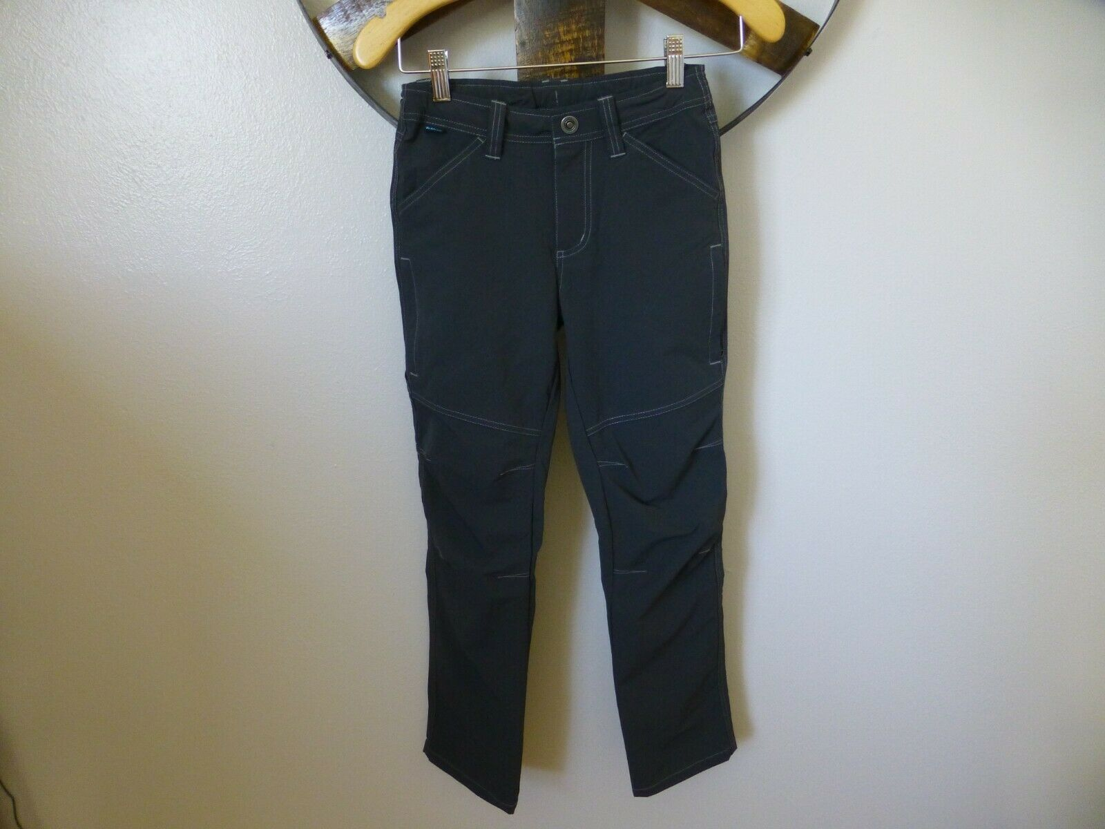 NWOT Kuhl Boys 10-12 Pants Gray Renegade Hiking Pants Stretc
