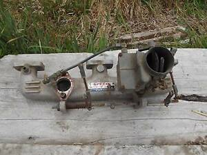 Ford Zephyr twin carb manifold complete requires 1 carby Cygnet Huon Valley Preview