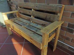 pallet garden bench Coombabah Gold Coast North Preview