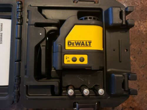 DeWalt DW088K Self Leveling Horizontal/Vertical Cross Line Red Laser Level