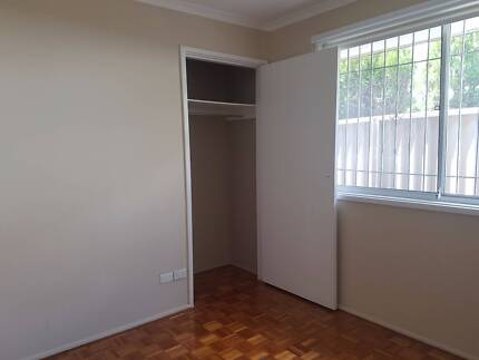Room for rent, share house