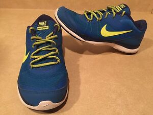 Women's Nike Flex TR 5 Running Shoes Size 7