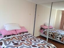 Master room available close to mall and public transport Merrylands Parramatta Area Preview