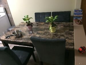 Table and chairs 280 obo