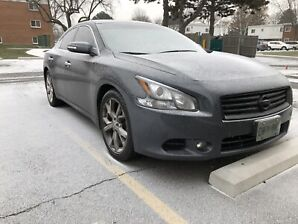 2012 Nissan Maxima fullyloaded, very clean. Accident free