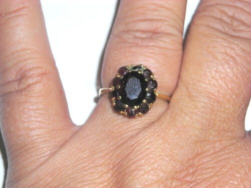 Vintage 14K Yellow Gold & Garnet Solitare with Halo of Garnets Ladies Ring
