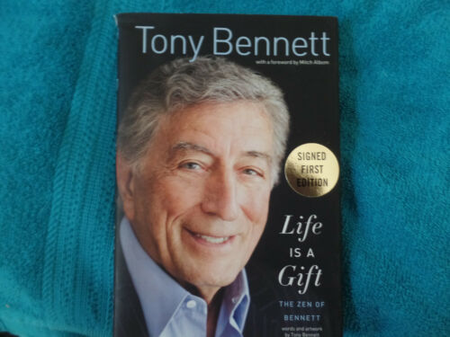 Singer Tony Bennett autographed hard cover book JSA Certified 1st Edition