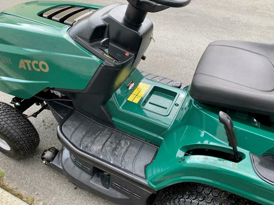 ATCO GT30H RIDE ON MOWER TRACTOR GRASS LAWN MOWER BOUGHT NEW 2019