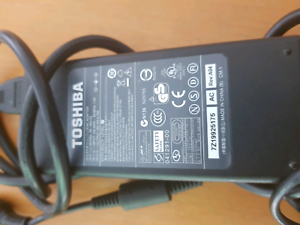 Genuine Toshiba laptop charger for Satellite L50-A00G Southport Gold Coast City Preview
