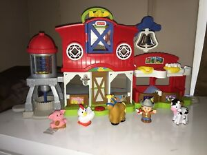 Fisher price (little people) ferme et écurie