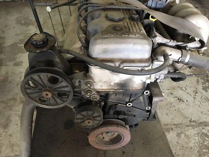 Ford Falcon au 6 cylinder engine motor