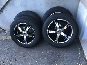 4 summer tires with mag 195/65/15 (5x114.3)