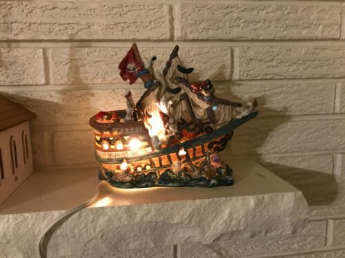 Spooky Halloween, Haunted Galleon Pirate Ghost ship